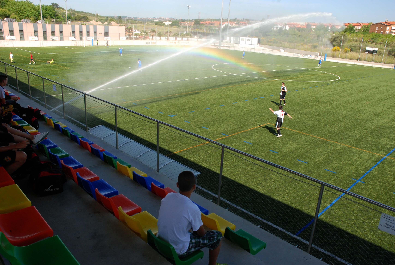 Campo de futbol martorell barandillas seguridad