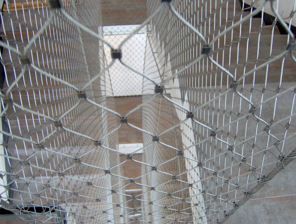 Huecos de escalera X-TEND-Detalle.