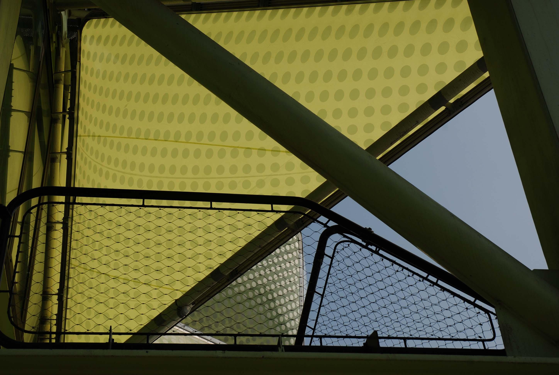 Barandilla cables de acero -vista cielo / Media-TIC