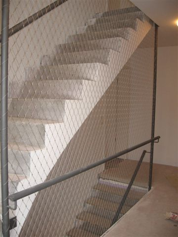 Huecos de escalera-visión lateral malla de cables X-TEND.