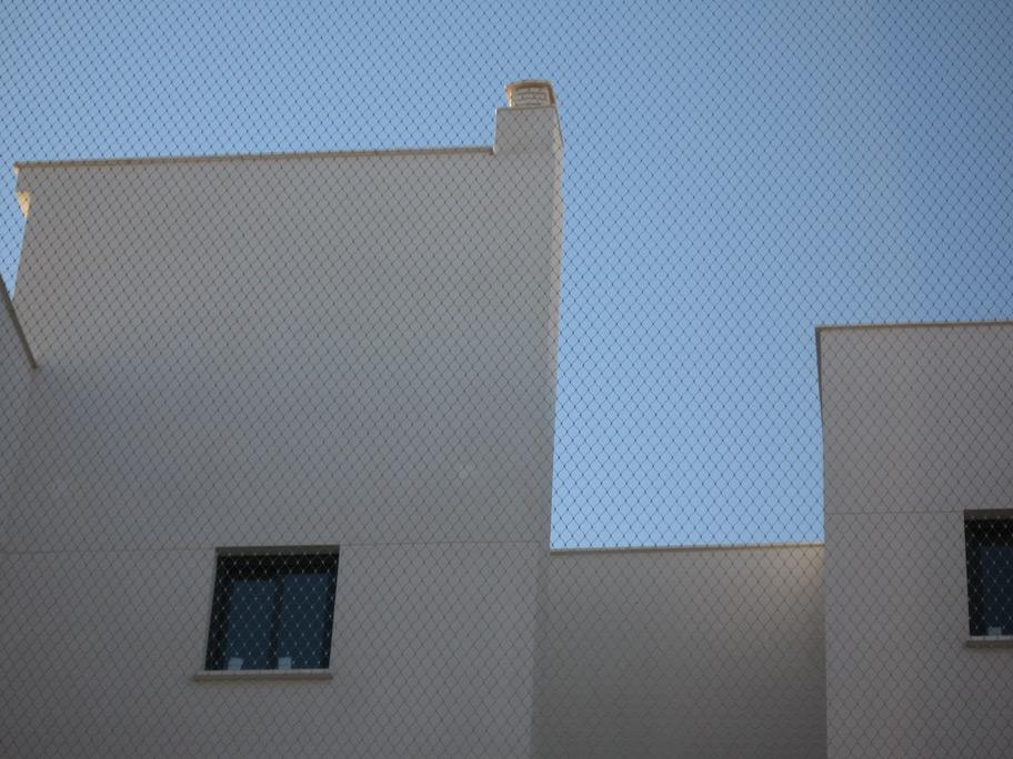 Malla de cables de acero /Viviendas VPO Soliva/Estudio Ebra Arquitectura