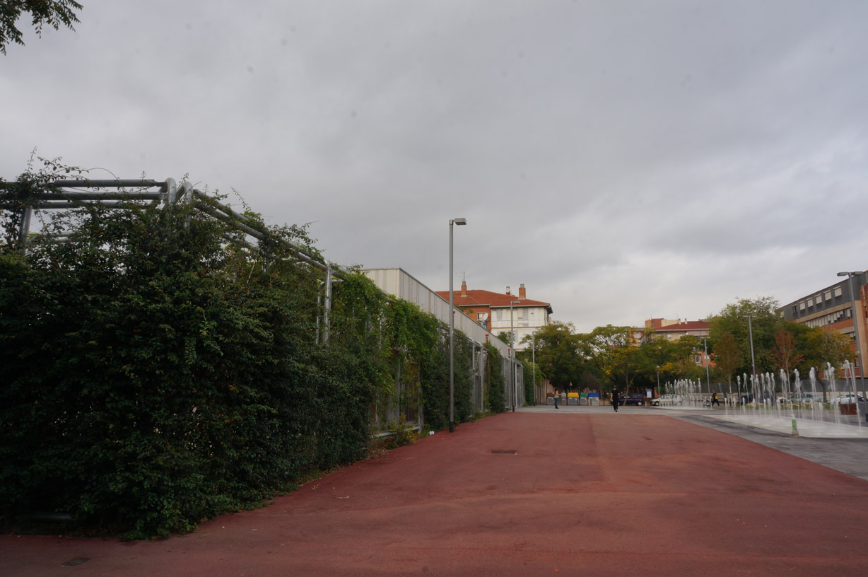 Muros vegetales Centro Cívico Baró de Viver